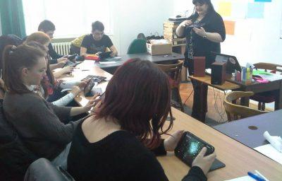 Biblioteca de aplicatii – Educatie media si tehnologie