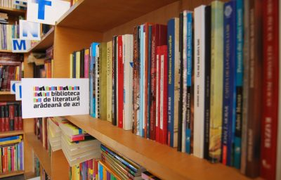 Biblioteca de literatura Aradeana de azi