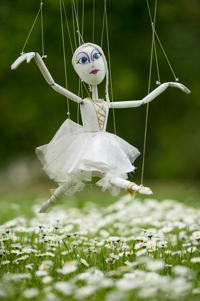 Marioneta plimbăreață